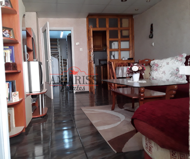 Sale 2-bedroom  Burgas - Vazradzane 105m²