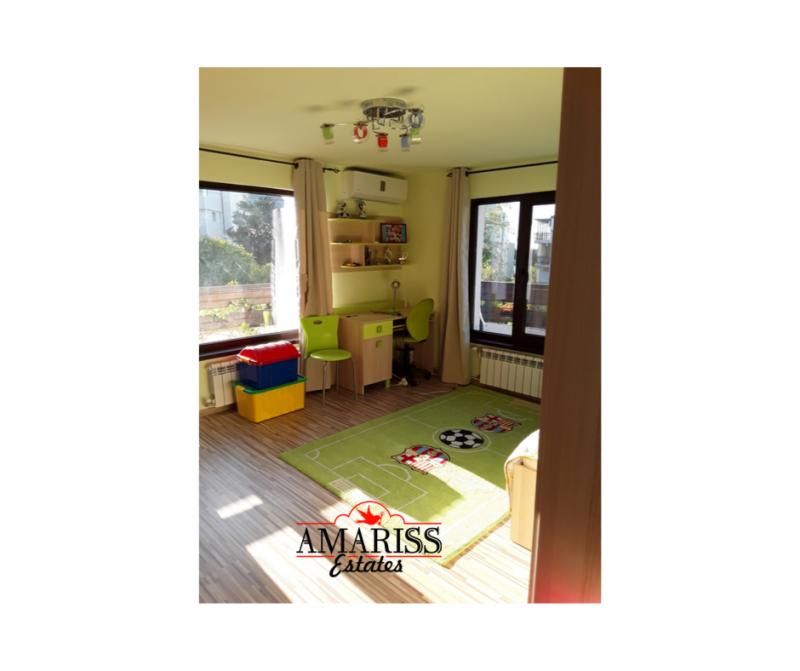 Sale House  -  515m²