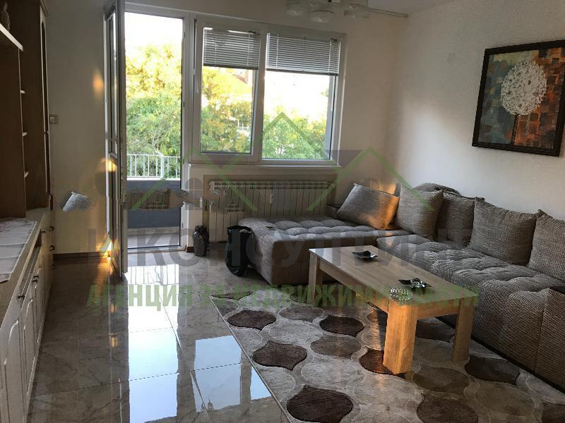 Rent 2-bedroom  Sofia - Yavorov 100m²