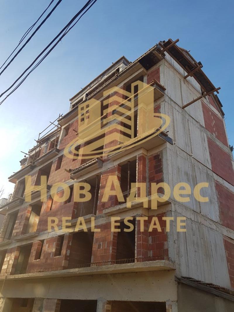 Sale 1-bedroom  Varna - Kolhozen Pazar 46m²